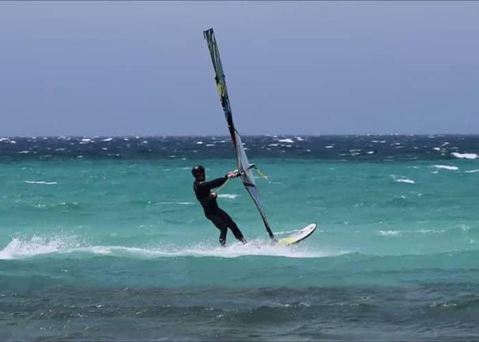 vento maestrale san teodoro spiagge riparate